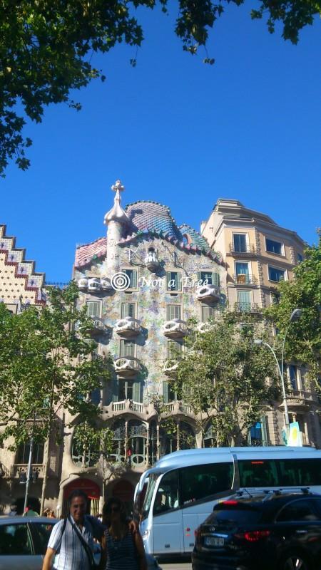 Жить в испании